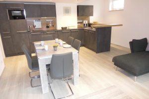 Küche, Ess- und Wohnbereich